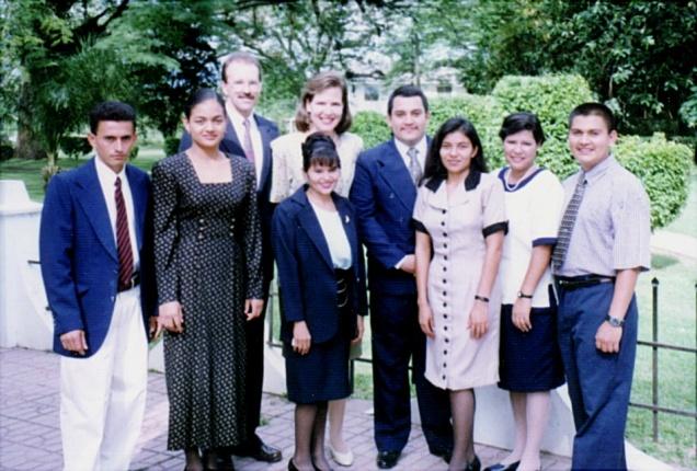 1999 IBES graduates, staff, students